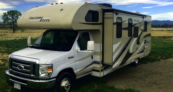 30' RV Rental with Slideout, Freedom Elite 28H RV Rental